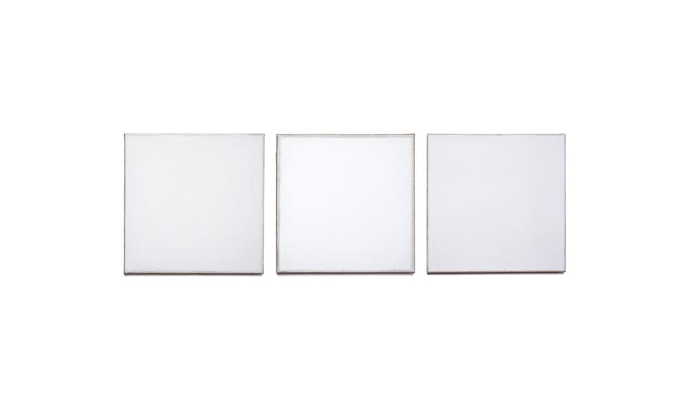 Weißstudie (reinweiß), 2015, Pigmente auf Lwd, 3 Tafeln je 35x35 | studio sul bianco (bianco puro), pigmenti su tela, 3 tavole cad. 35x35