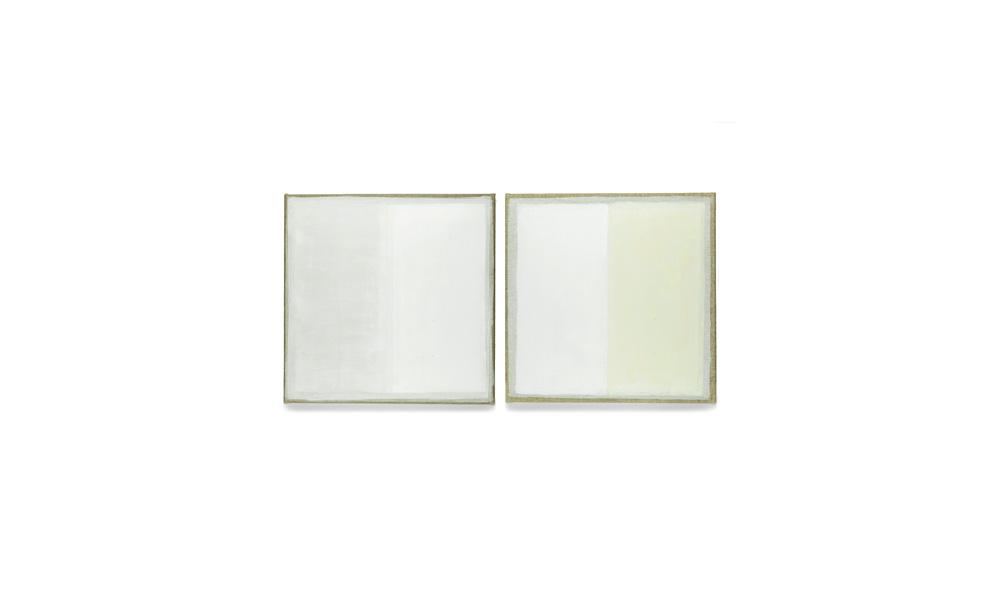 weiß-weiß, 2013, Pigmente auf Lwd, 2 Tafeln je 35x35 | bianco-bianco, pigmenti su tela, 2 tavole cad. 35x35